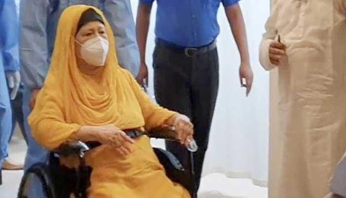 চিকিৎসার্থে খালেদাকে বিদেশে নেয়া অত্যন্ত জরুরি : মেডিকেল বোর্ড